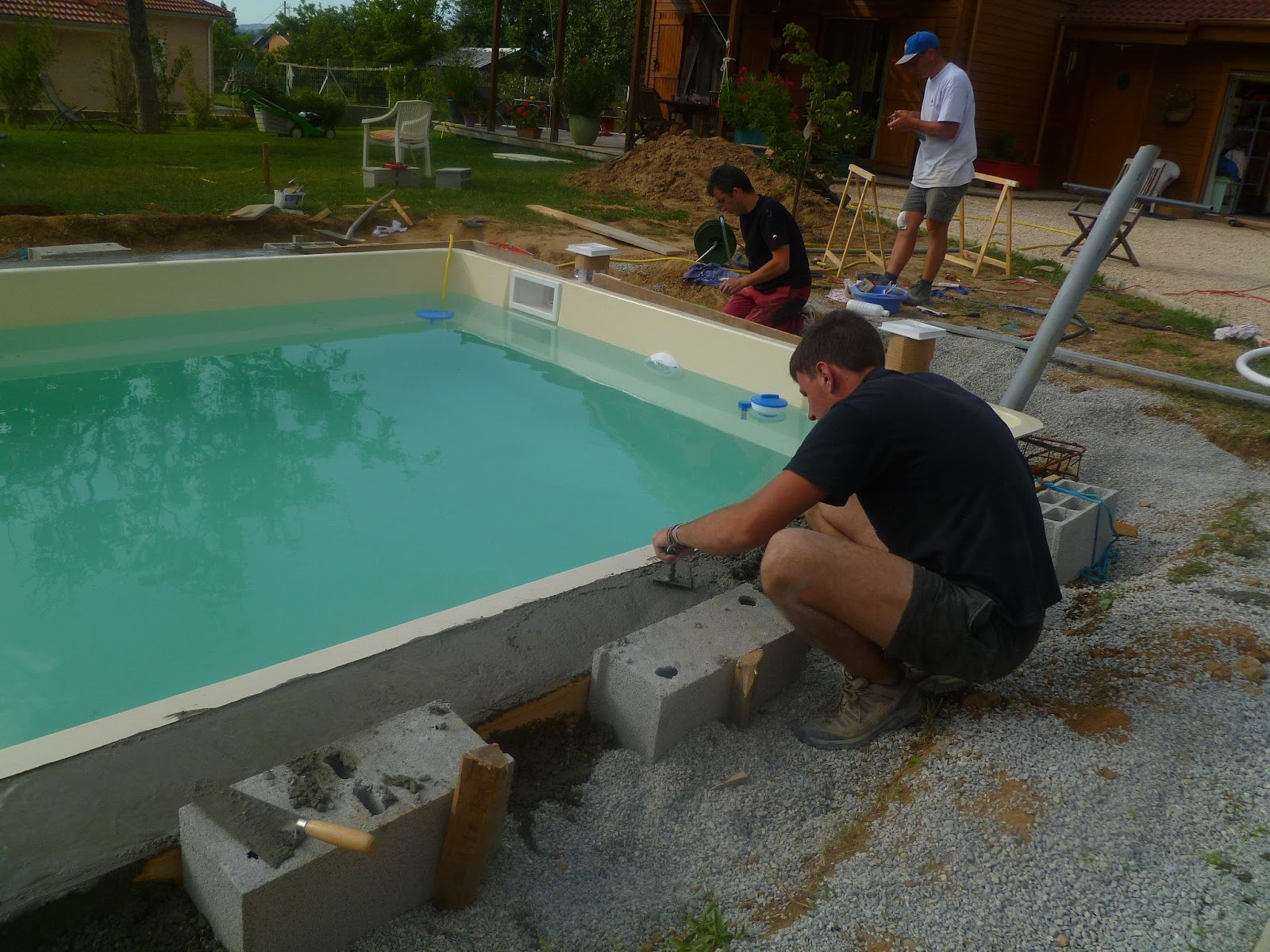Construction piscine b ton caen cr ation piscine of for Construction piscine