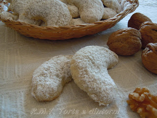 Biscuiți cu nuci - biscotti con le noci
