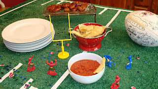 Football field table cloth
