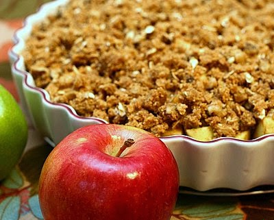 Extra-Crispy Apple Crisp ♥ KitchenParade.com, finally my perfect apple crisp, barely sweet apples firm and tart with an extra-crispy topping. It's got a secret ingredient!
