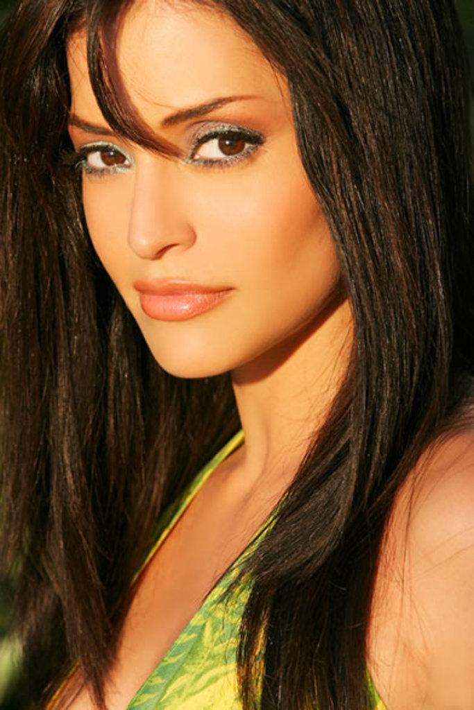 http://3.bp.blogspot.com/-FgYO6dXERV4/TnrZObZxqjI/AAAAAAAABuM/EPGgwkrNtZE/s1600/Emmanuelle-Vaugier.jpg