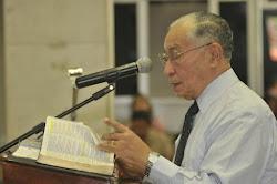 Meste Antônio Gilberto Ministrando a Palavra