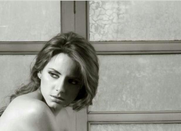 fotos modelo Rosa Emilia Peñaherrera desnuda soho ecuador
