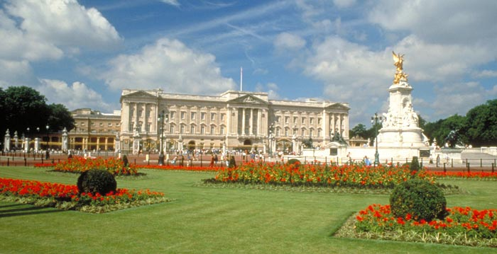 Buckingham Palace Lawn