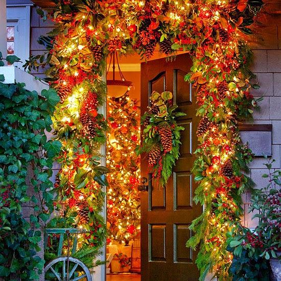 Decorar puertas de navidad colores en casa - Decorar puertas navidad ...
