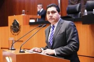 """""""Muerte administrativa"""" a corruptos, plantea PAN en el Senado"""