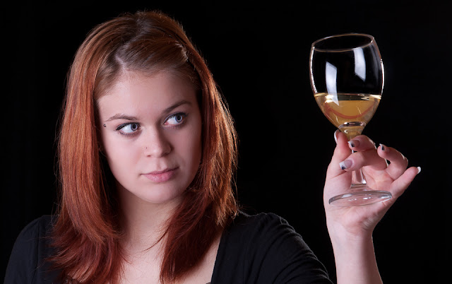 """Girl with a glass of wine"" by Multimotyl - Own work. Licensed under CC BY-SA 3.0 via Wikimedia Commons - https://commons.wikimedia.org/wiki/File:Girl_with_a_glass_of_wine.jpg#/media/File:Girl_with_a_glass_of_wine.jpg"