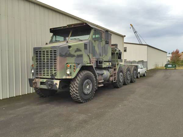 2000 Oshkosh M1070 Tractor Truck