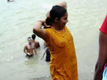 Ganga Nude 57