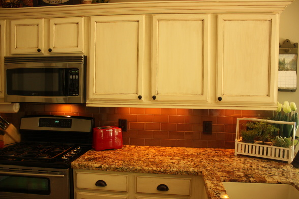 How to renew old kitchen cabinets home decorating for Renew it kitchen cabinets