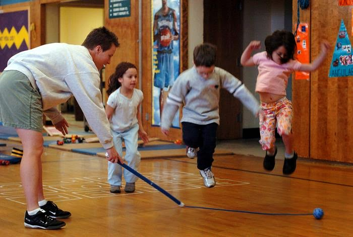 the benefits of physical activities in combating the symptoms of adhd in students Discover nine benefits of martial arts for kids with learning issues and adhd issues can have a hard time finding a sport or physical activity that suits.