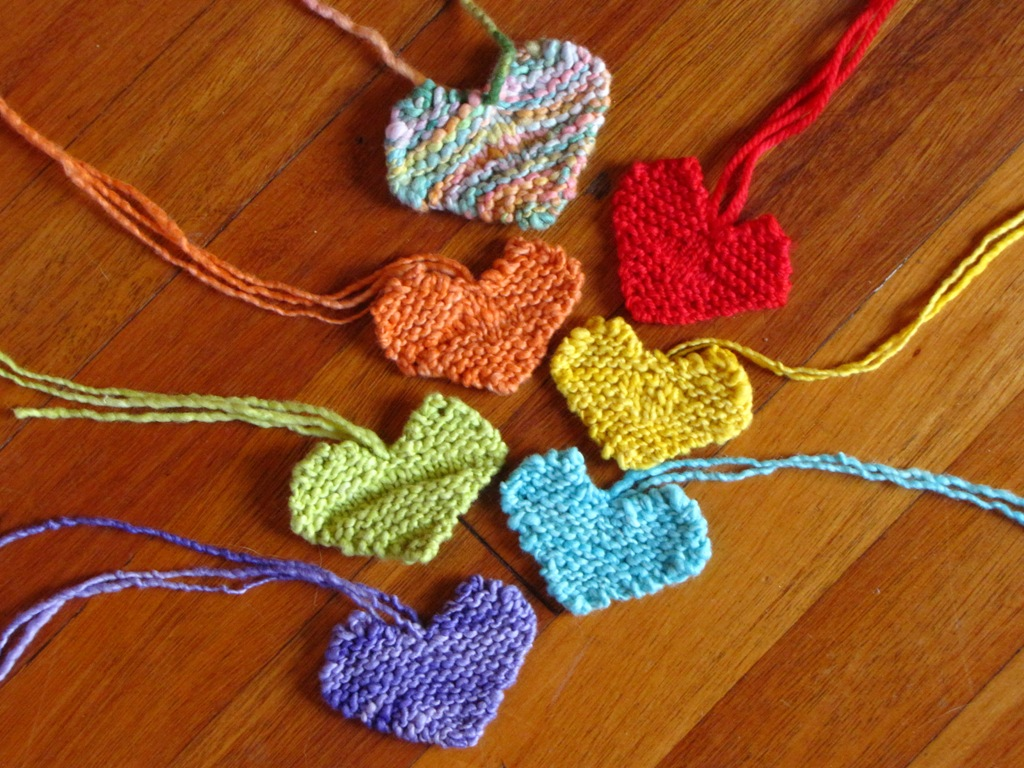 Knitting Heart Pattern : A simple valentine heart pattern and out in the garden