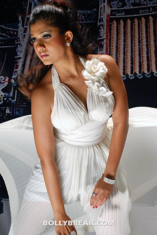 Nayanthara in white dress - (3) - Nayanthara Hot Pics