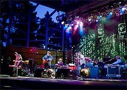 Concierto de Wilco en el Palacio Euskalduna de Bilbao en octubre