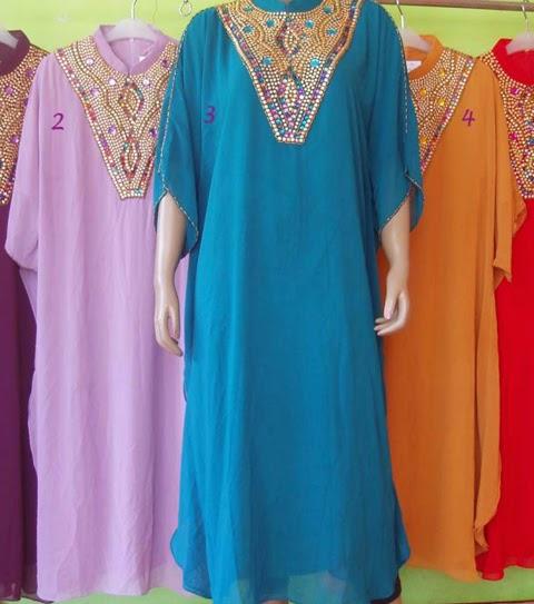 contoh baju pesta sifon terbaru untuk wanita gemuk