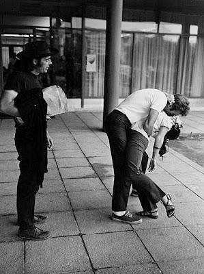clint eastwood kisses a fan, 1969