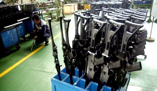 Senjata Produksi PT Pindad. PROKIMAL ONLINE Kotabumi Lampung Utara
