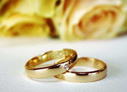 8 Tips Beli Cincin Pernikahan Agar Tak Menyesal di Kemudian Hari