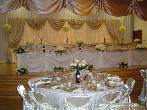 Gold And White Wedding Decorations. Gold and White Wedding
