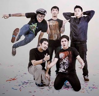 Download Lagu Pee Wee Gaskins - Nikmati Hari Mp3