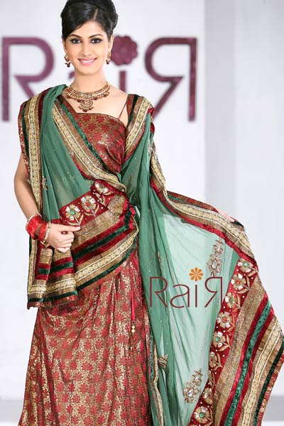 Bridal Patterns on Brands  Top Ten   Latest Pakistani Bridal Lehenga Dress Designs 2011