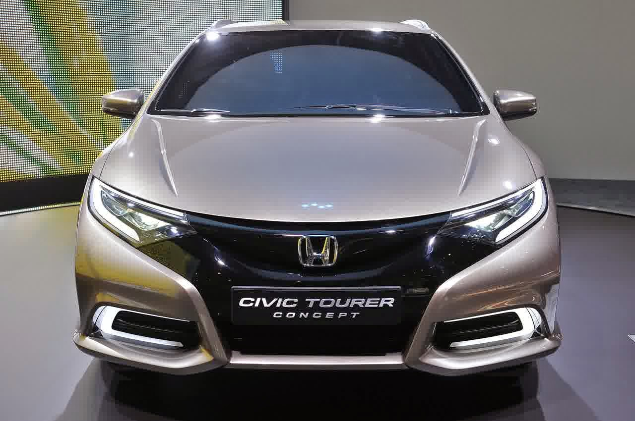 Honda Civic Tourer Has An Exterior Like The New 5 Door Hatchback However These Changes Lies In Larger Diameter Wheels LED Lights