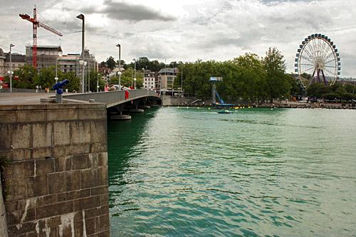 Lake_Zurich.jpg