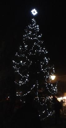 Vánoční strom v Golčově Jeníkově 2016