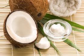 6 فوائد سحرية لزيت جوز الهند على شعرك - coconut