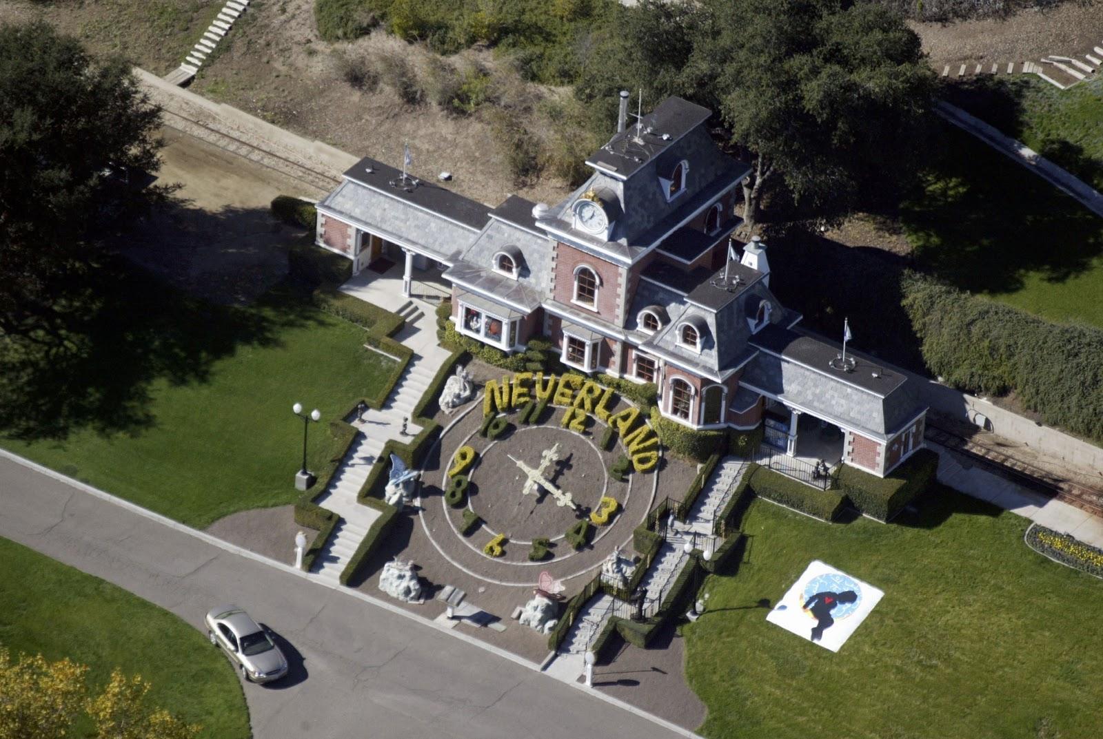 http://3.bp.blogspot.com/-FjY7FmAyo-I/Tq_KeJGIieI/AAAAAAAABBA/pfzMpSyGFXs/s1600/Neverland%252C+Michael+Jackson.JPG