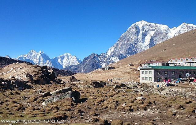 Lobuche-Himalaya-Nepal