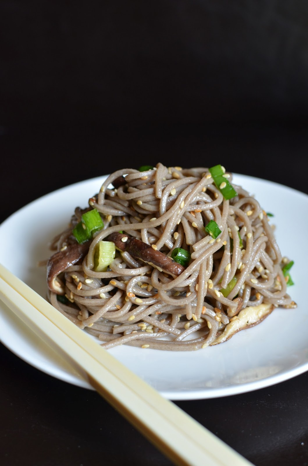 Playing with Flour: A simple lunch: chilled soba noodles
