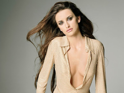 Penelope Cruz Hot Wallpaper