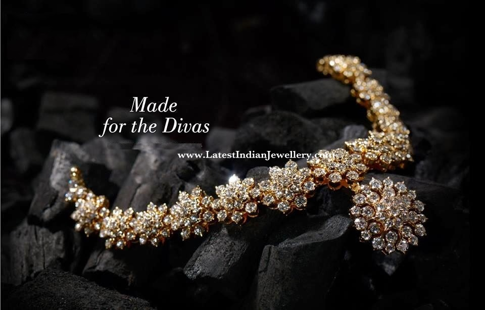 Sparkling Nakshatra Diamond Necklace