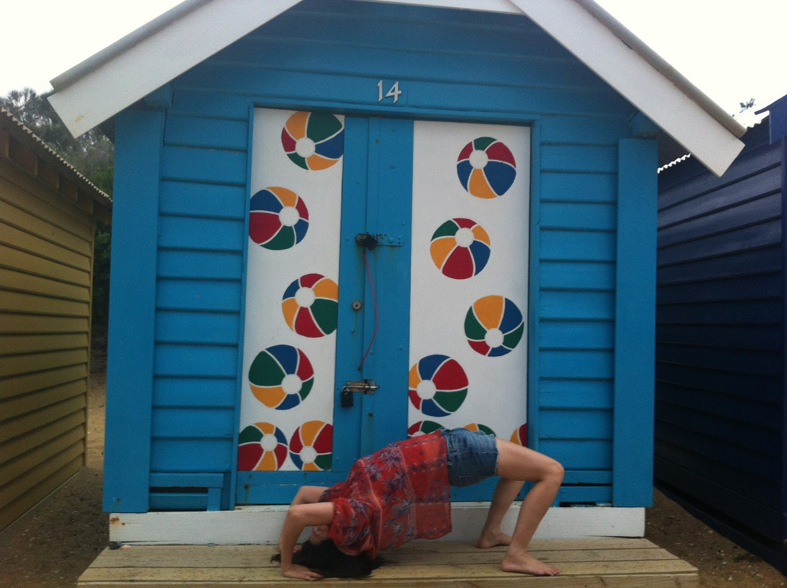 Pn Tay\'s Blog: Colourful Bath Houses of Brighton Beach, Melbourne