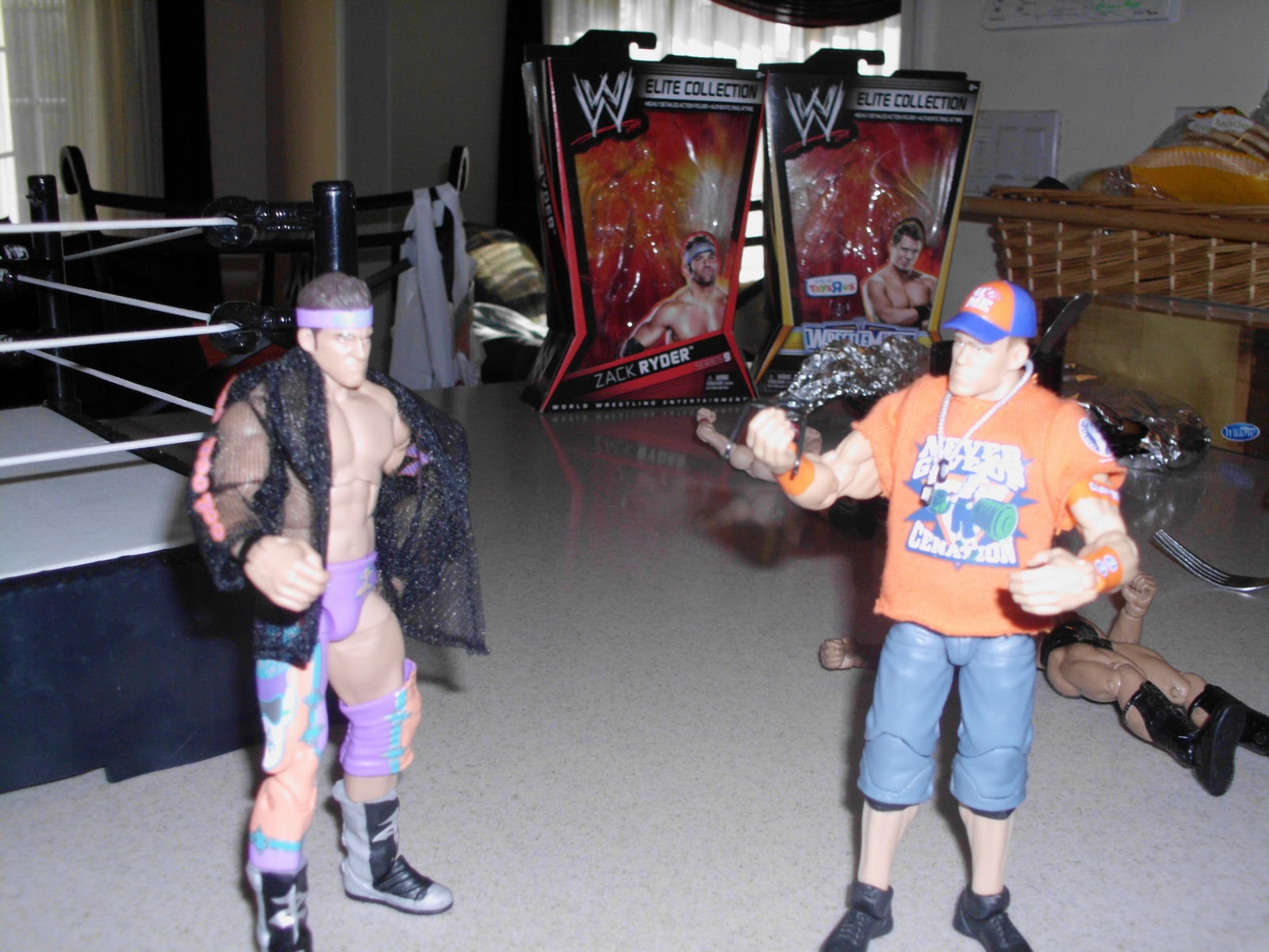 Zack Ryder Elite 9 http://the-review-city.blogspot.com/2011/10/wwe-mattel-elite-series-9-zack-ryder.html