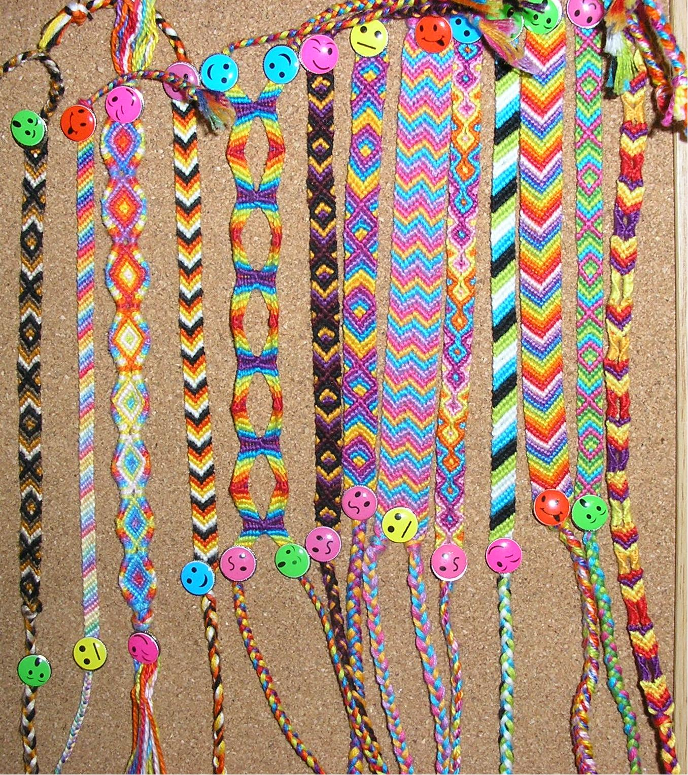 Bracelet Zipper Galleries: Friendship Bracelet Directions