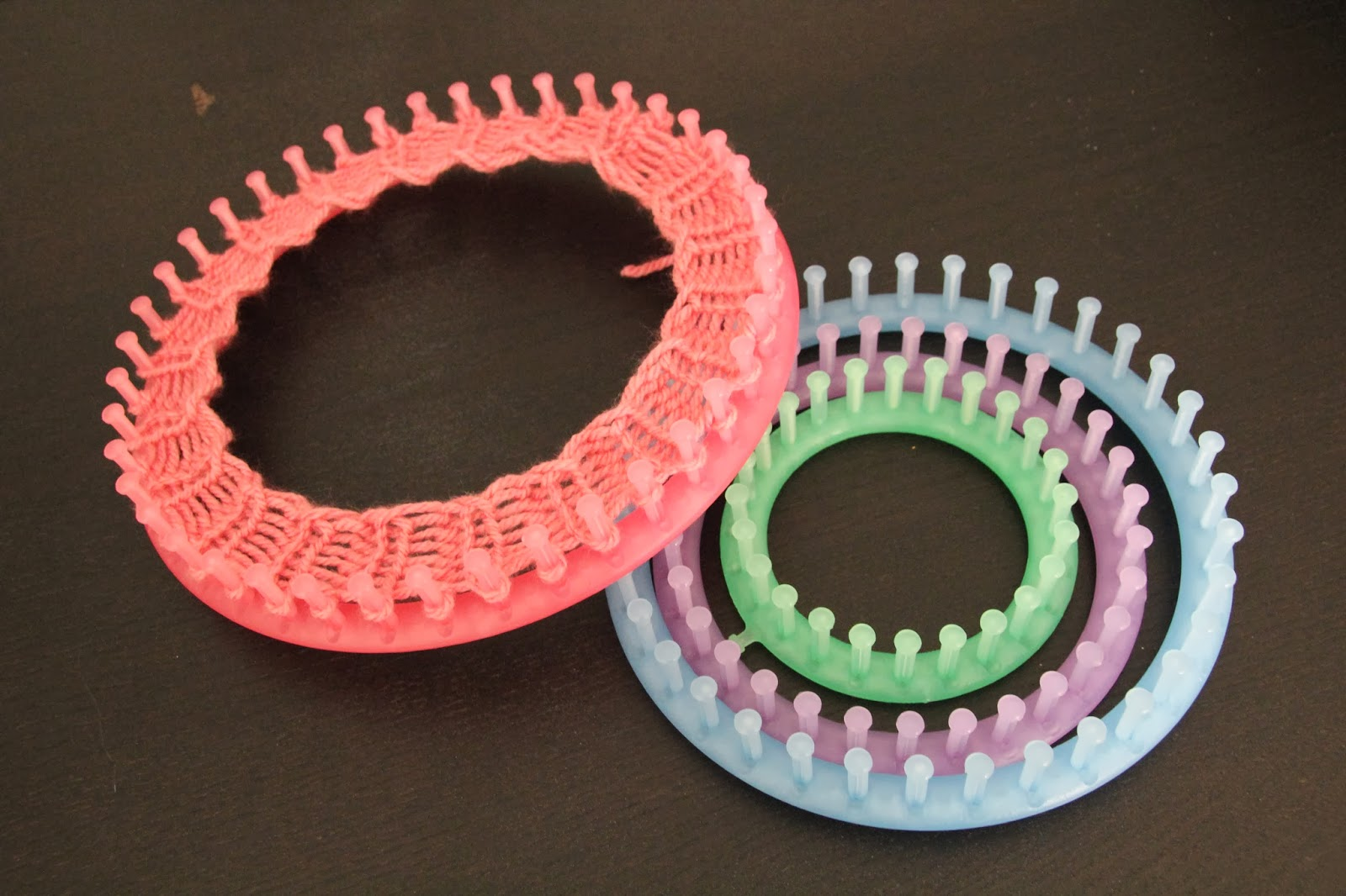 tejer con telares circulares