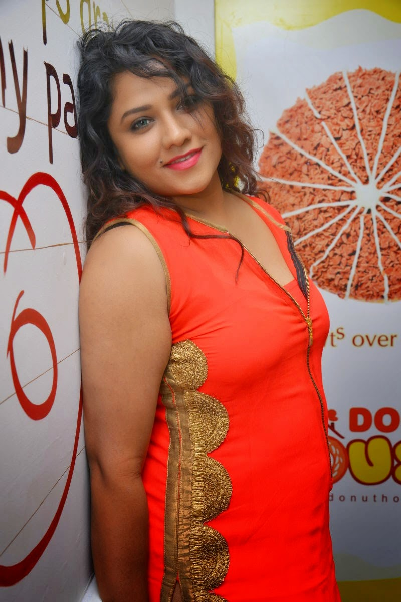 Jyothi Hot sizzling HD Gallery