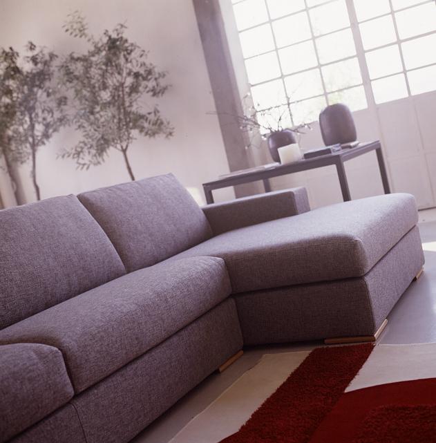 Divani e divani letto su misura acquistare un divano su - Devo buttare un divano ...