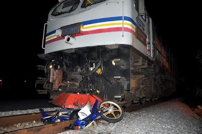 Badan putus dirempuh kereta api
