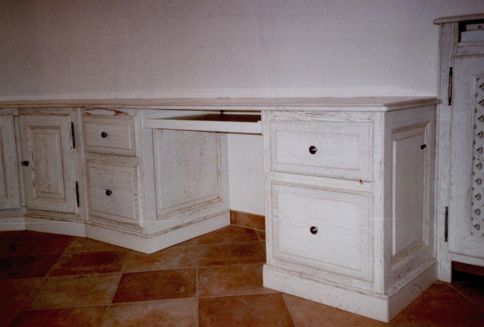 Menuiserie vanin bureau d 39 angle avec tablette r alis e en - Bureau d angle bois massif ...