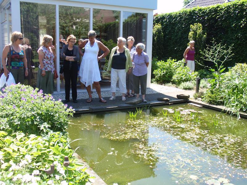 Conny 39 s blog met de tuinclub naar hierden en harderwijk for Rechte vijver