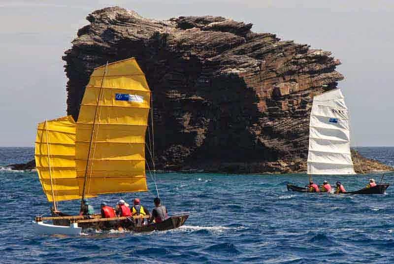 2 sabani boats racing