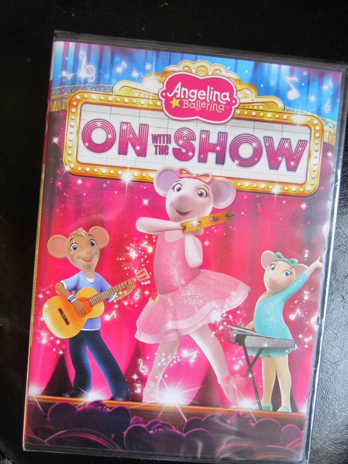 Angelina Ballerina On With The Show Dvd Review And Giveaway