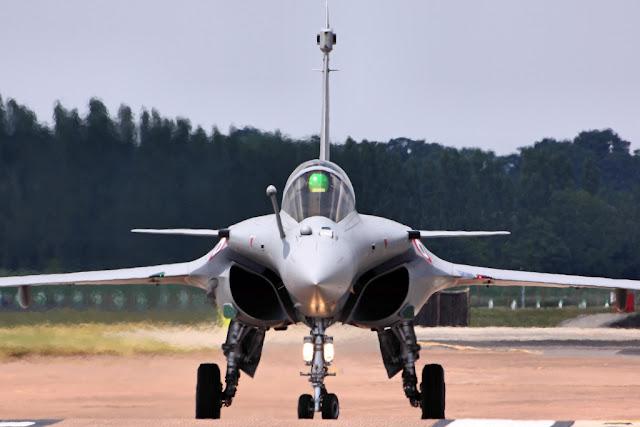 Dassault Rafale before takeoff