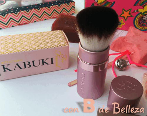 Kabuki brush Too faced