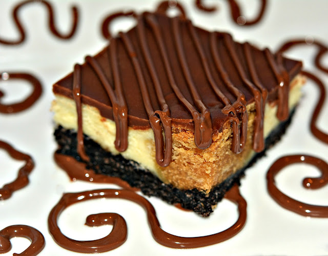 PEANUT BUTTER COOKIE DOUGH CHEESECAKE BARS ON AN OREO CRUST AND TOPPED ...