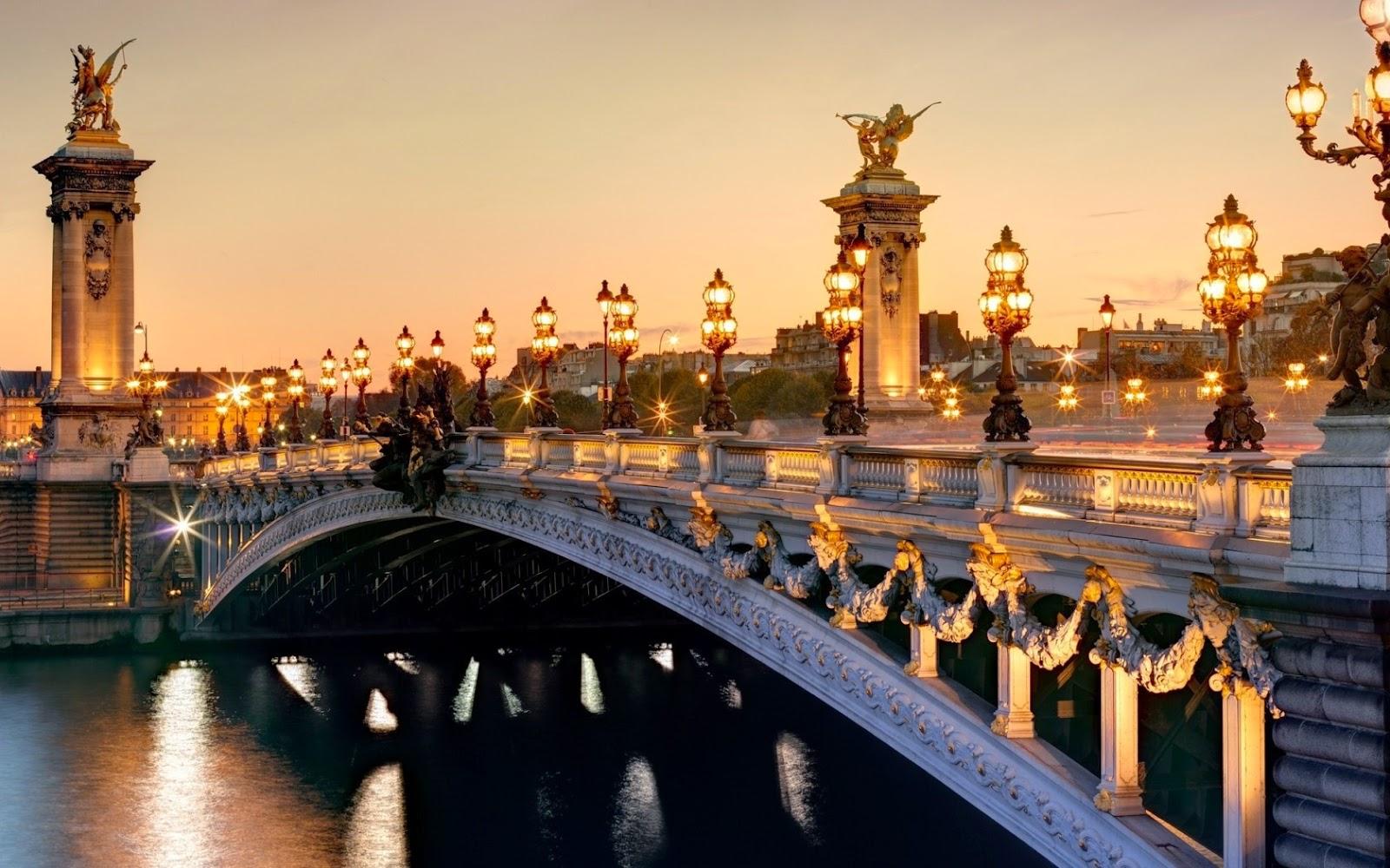 http://pt.best-wallpaper.net/France-Paris-Pont-Alexandre-III-Seine-river-city-lights-night-scenery_1680x1050.html