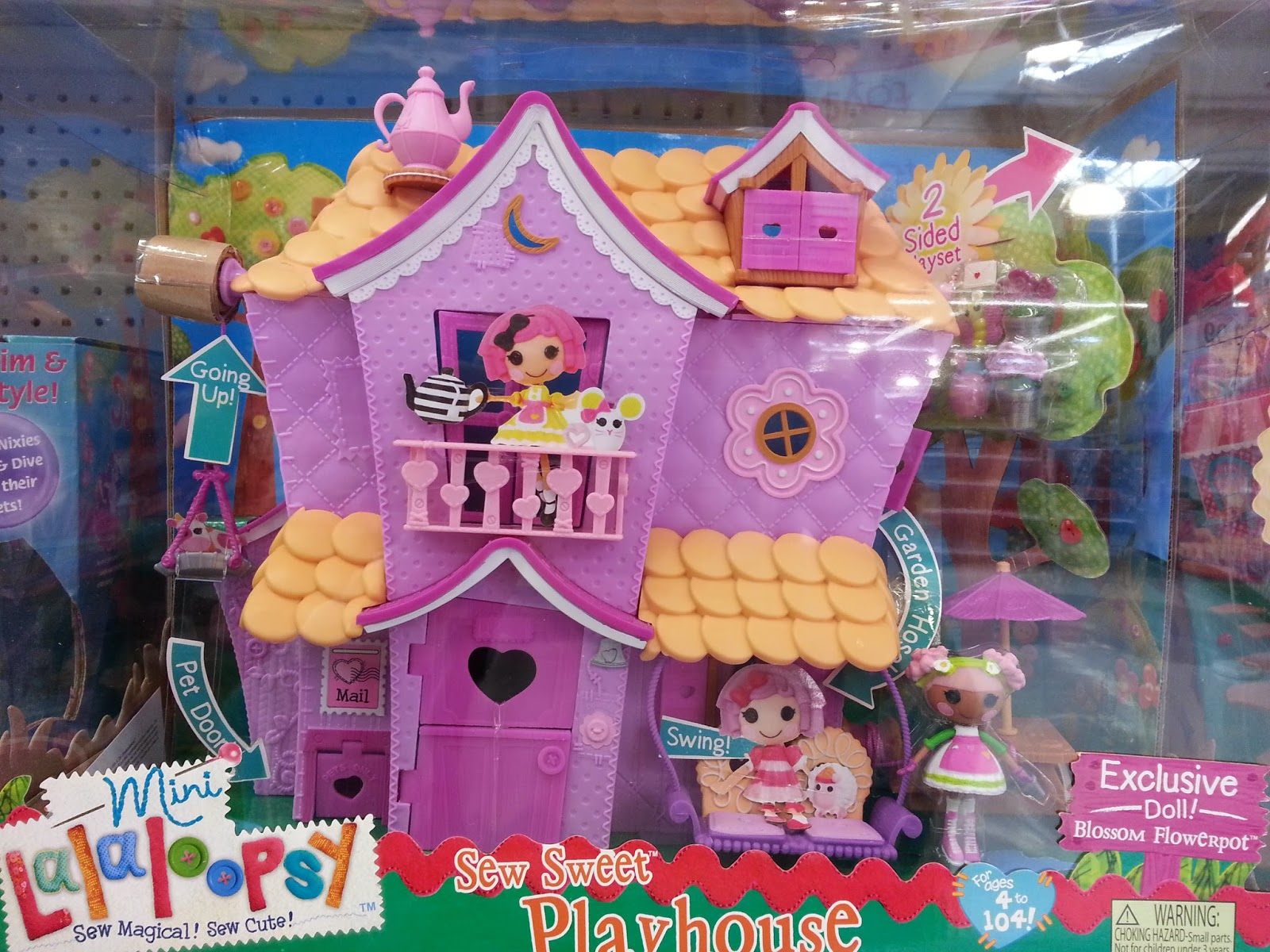 Amazing The Dollhouse Includes A Blossom Flowerpot Mini Doll (like The Previous  Dollhouse) But The Doll Is Now Wearing A Purple Apron. I Donu0027t See Any  Furniture ...